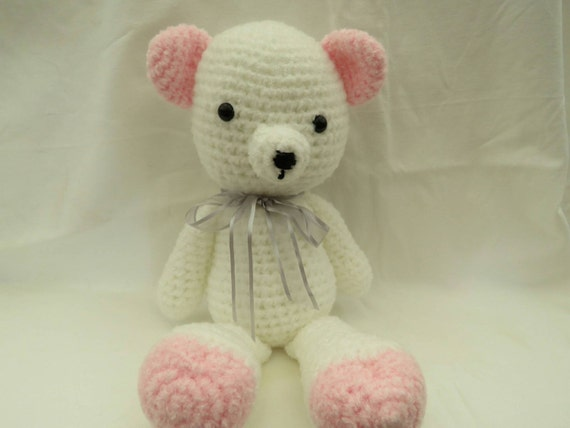 Amigurumi Pink Bear : Amigurumi pink and white fluffy teddy bear