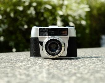 Porst LK-500 Vintage viewfinder camera with working light meter