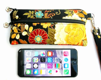 Small cell phone pouch. IPhone 6 wristlet. Small smartphone pouch. Cell phone wristlet. Small phone pouch. Small cell phone purse