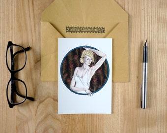 """Carte postale """"Léonie"""", femme, féminité, plume de paon, paon, blanc"""