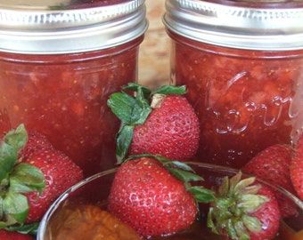 BEST SELLER!!! - Sweet & Smoky Strawberry Chipotle Jam - TheSunsineJellyCo