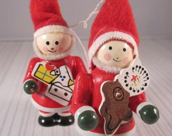 TRADITIONAL German Folk style 1970's Wooden Santas - Christmas Tree Decoration