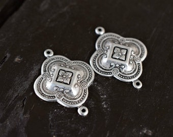 Antiqued Silver Brass Quatrefoil Connectors, 2pcs