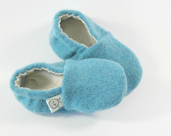 Gender Neutral Baby Gift- Coming Home Outfit- Baby Shower Gift- Eco Baby- Newborn Shoes