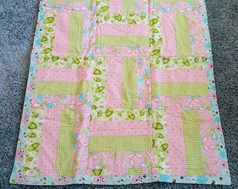 Baby girl pea in the pod quilt