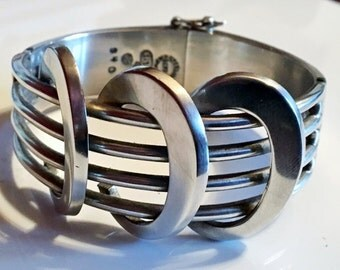 77gr vintage Sigi Pineda TAXCO MEXICO sterling silver 925 bracelet. heavy cuff bracelet, native american jewelry, modernistic jewelry