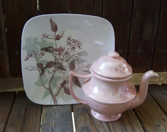 Pink Lusterware Pearl Large Teapot Sierra Ceramic 1974