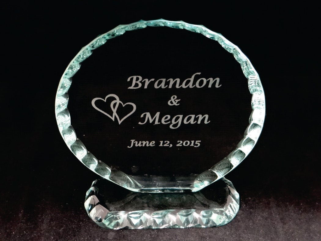 Circular Cake Topper in Jade Glass with Pearlized Edging