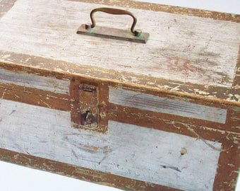 Wooden Box / Primitive Paint / Secret Message / Especially made for Miss Dorothy / Antique Patina / Teachers Box