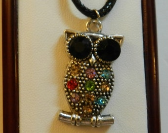 Silver Owl with colored Crystals Chocker V9 on Black cord