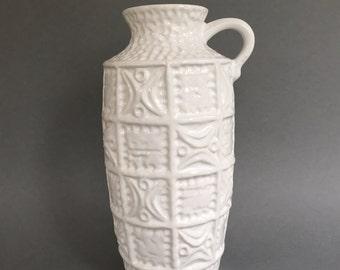 Bay Keramik 61 - 25 white  vase by designer : Bodo Mans , vintage 1960s  West Germany  Pottery.