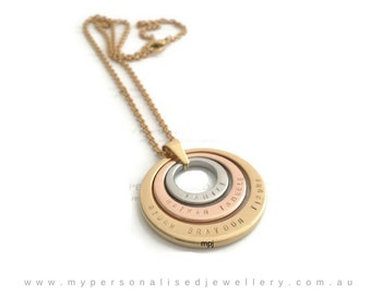 Family Name Necklace womens offset for Mum Grandma Friends Sisters Mothers Day in law Rose Gold Silver pendant Personalised Jewelry offset