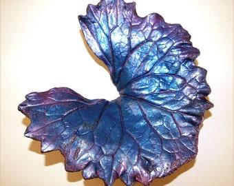 LIGULARIA Concrete Leaf Casting Sculpture for Home and Garden