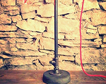 Industrial desk lamp on the wire