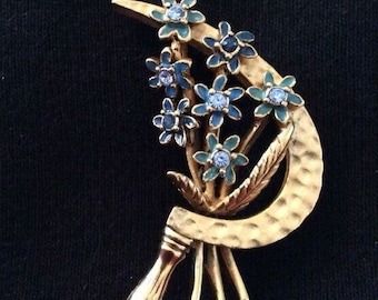 Joan Rivers Flower Brooch / Pin