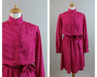 70s 80s vintage fuchsia pink dress with long sleeves. Shirtwaist dress. Size M - L.