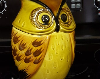 Metlox Yellow Owl Cookie Jar