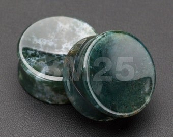 A Pair of Moss Agate Concave Stone Double Flared Plug