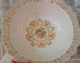 Shabby Vegetable Bowl, Gold Gilt Design Edge, W S George White Porcelain, Lido Design, Floral Center Design