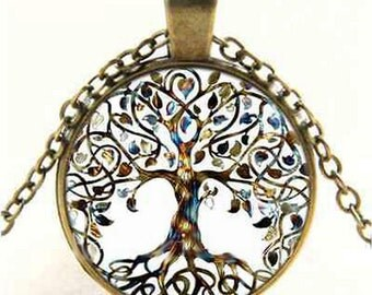 Vintage Tree of Life Glass Cabochon Bronze Chain Pendant Necklace