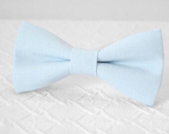 Light blue bow tie, powder blue bow tie, pale blue bow tie, linen bow tie, wedding bow tie, mens bow tie, bow tie for men