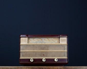 """Bluetooth 4.0 - 1951 - Vintage radio - A.BSOLUMENT """"Radiola"""""""