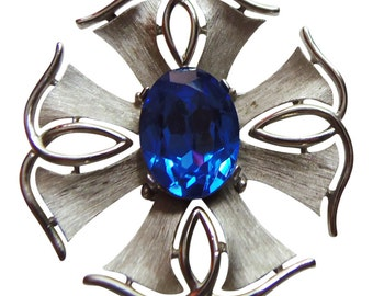 Large Geometric Silver Deep Blue Rhinestone Brooch/Pin Vintage 1960 Signed Trifari