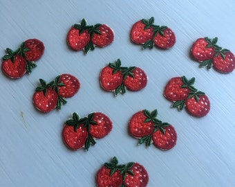 Vintage Straberry Applique - lot of 10