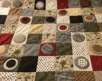 Whole Lotta Dots Quilt//brown, gray, red//applique circles//