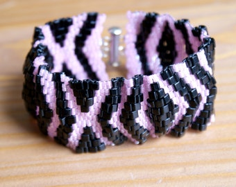 Black and Pink Peyote bracelet, Romantic, cuff, beadwork, seed bead jewelry, beadwaving ,SALE, gift for her, original