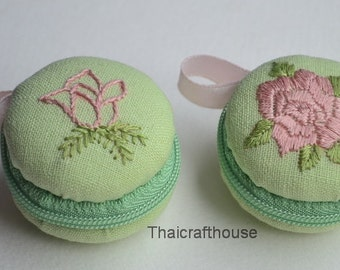 Mini Macaroon Jewelry Purse,hand embroidery on Linen,4 x 3 cm. 2 pieces
