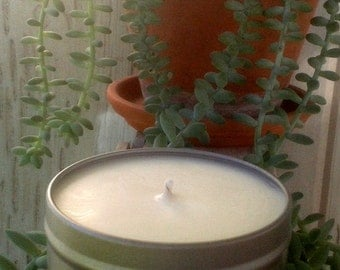 Lavender Essential Oil Candle in 8oz. Tin