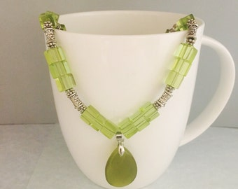 Green beaded necklace, green necklace, pendant necklace, beaded necklace