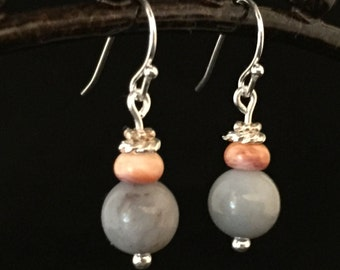 Chalcedony and Lion's Paw shell earrings