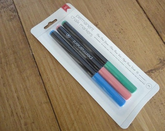 AC permanent chalk markers