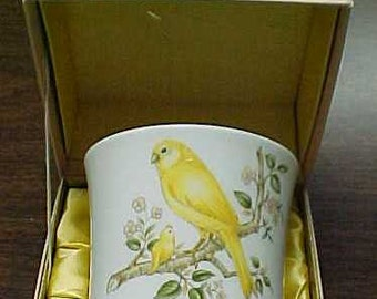 NORITAKE 1973 Mother's Day Cup (Mug) - Birds / Limited Edition