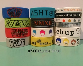 COMPLETE 5SOS BRACELET BUNDLE (Ashton Irwin) (Calum Hood) (Luke Hemmings) (Michael Clifford) (5 Seconds of Summer)
