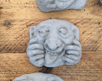 set 3 uglies stone garden ornaments funny faces picking nose etc