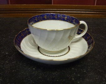 Attractive Early Worcester Wrythen Fluted Tea Cup and Saucer - Circa 1785