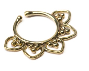 Septum Ring Brass Nickel Free Septum Fake Septum Tribal Jewelery Indian Nose Ring B36 Gift Boxed and Gift Bag Free UK Delivery