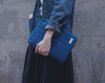 Macbook/ Ipad Case Z (Indigo dye with zip closure)
