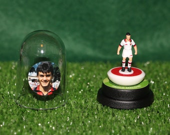 Paolo Maldini (AC Milan)  - Hand-painted Subbuteo figure housed in plastic dome.