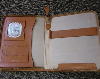 Vintage Pigskin Notepad Holder Diary Journal Organiser Planner with Pen Slot, Card Holders and Rotating Calendar
