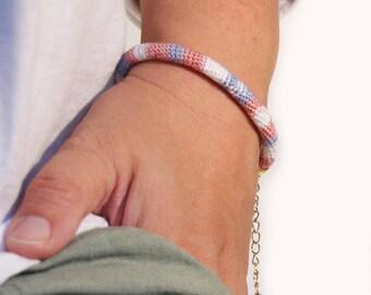 rose gold bracelet - rose quartz - rope bracelet -crocheted - pantone bracelet - gypsy bracelet - gypsy style - textile jewelry - ooak