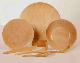 2 Complete sets: 2 forks, 2 spoons, 2 knives, 2 plates of 10.5 '', 2 plates of 7.5 '' and 2 Bowls-Soup of 8.2'' , maple wood
