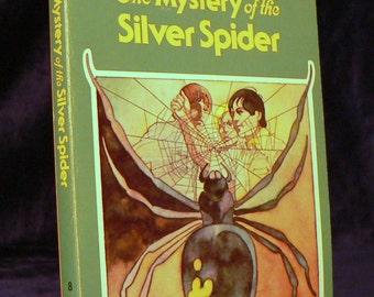 THREE INVESTIGATORS - The Mystery of the Silver Spider 1978 sc