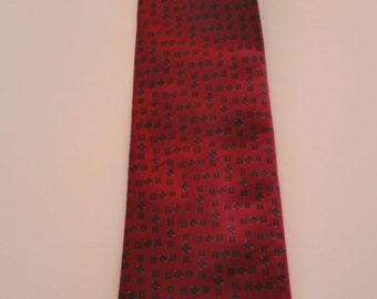 Tie Hilditch & Key