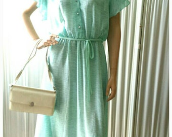 1970s Spearmint Green Chiffon Dress