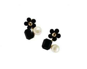 Black Daisy and Gemstone Earring ER00747