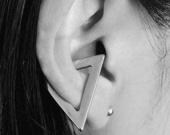 Geometric Triangle Cuff Earing